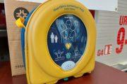 Don de défibrillateurs cardiaques à deux campings de Shefford